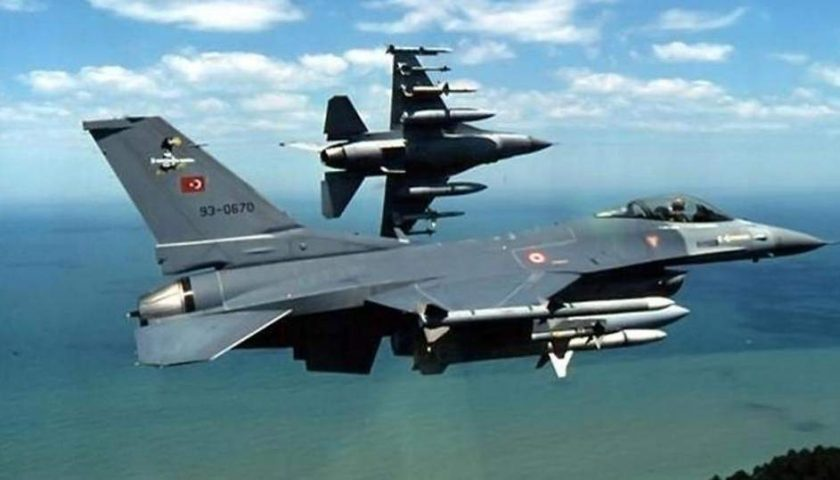 Muscular confrontation between the Greek and Turkish air
